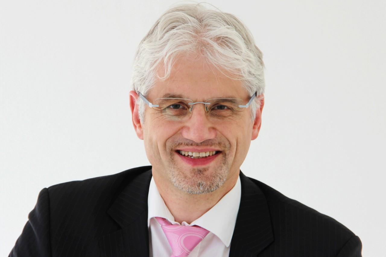 Prof. Dr. Clemens Hoffmann wird zum Oktober 2012 neuer Institutsleiter am Fraunhofer IWES in Kassel. © Renate Rothkegel/Fraunhofer IWES