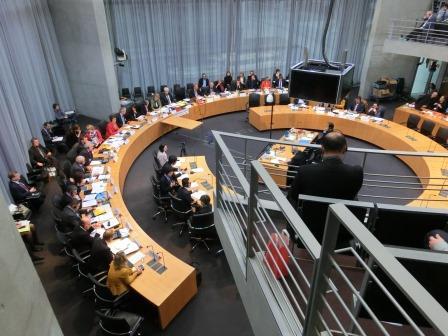 Umweltausschuss Anhörung zu Tschernobyl Fukushima - Foto © Gerhard Hofmann_Agentur Zukunft