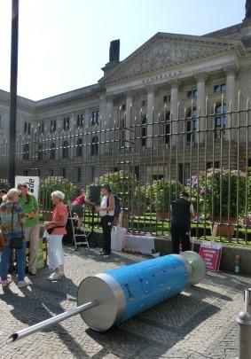 Campact-Demo gegen Fracking vor Bundesrat - Foto © Gerhard Hofmann Agentur Zukunft 20140711