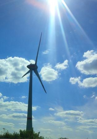 Sonne und Wind - Foto © Agentur Zukunft für Solarify