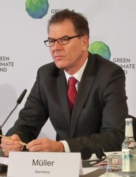 Gerd Müller, Bundesminister für wirtschaftliche Zusammenarbeit - Foto © Gerhard Hofmann, Agentur Zukunft