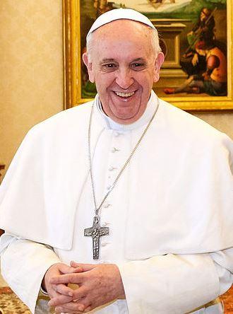 Papst Franziskus (20-03-2013) Foto © Presidência da Republica, Roberto Stuckert Filho, Agência Brasil. Liz. CC BY 3.0 BR über Wikimedia Commons