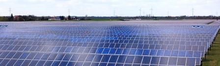 PV und Windgeneratoren in Deutschland - Foto © Gerhard Hofmann, Agentur Zukunft für Solarify