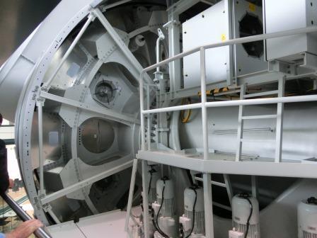 Windgenerator von Enercon - innen - Foto © Gerhard Hofmann, Agentur Zukunft