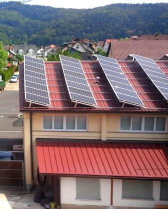 PV-Dach im Schwarzwald - Foto © Gerhard Hofmann, Agentur Zukunft_20150809_124616