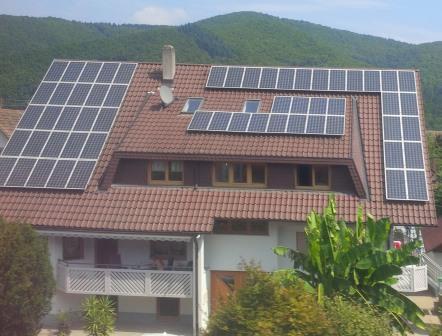 PV im Schwarzwald - Foto © Gerhard Hofmann, Agentur Zukunft für Solarify