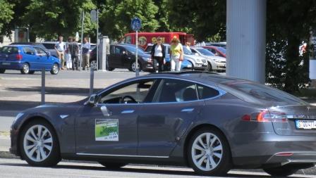 Tesla - Foto © Gerhard Hofmann, Agentur Zukunft