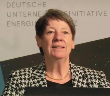 Barbara Hendricks vor DENEFF-Jahresauftaktkonferenz - Foto © Gerhard Hofmann, Agentur Zukunft