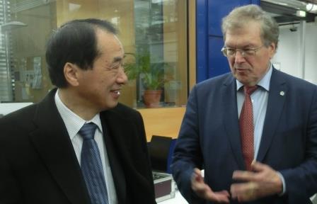 Ex-Premier Kan mit Hubert Weiger- Foto © Gerhard Hofmann, Agentur Zukunft