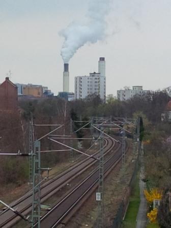 S-Bahn-Gleise und Rauch - Foto © Gerhard Hofmann, Agentur Zukunft - 20140323