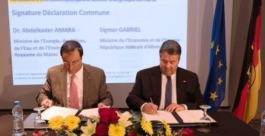 Unterzeichnung einer Absichtserklärung zwischen Marokko und Deutschland im Rahmen der Deutsch-Marokkanischen Energiepartnerschaft © BMW0i, Maurice Weiss