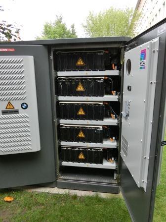 Li-Ionen-Batterie am Berliner Effizienzhaus Plus- Foto © Gerhard Hofmann, Agentur Zukunft für Solarify