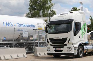 LNG-Tankstelle - Foto © UNIPER erdgas-mobil.de