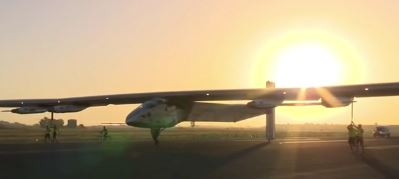 Nach Landung in Sevilla - Screenshot © solarimpulse.com