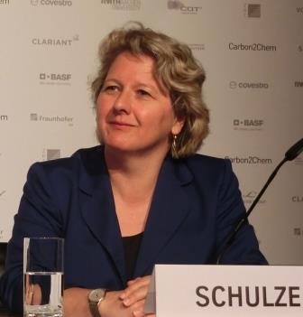 Svenja Schulze bei Carbon2Chem-PK 2 - Foto © Gerhard Hofmann, Agentur Zukunft für Solarify