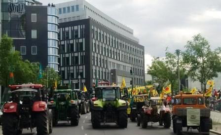 Anti-Atom-Endlager-Berichts-Demo vor BPK - Foto © Gerhard Hofmann, Agentur Zukunft für Solarify 20160705