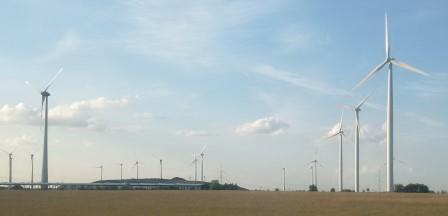 Windgeneratoren in der Priegnitz, Brandenburg - Foto © Gerhard Hofmann, Agentur Zukunft für Solarify0 20160627