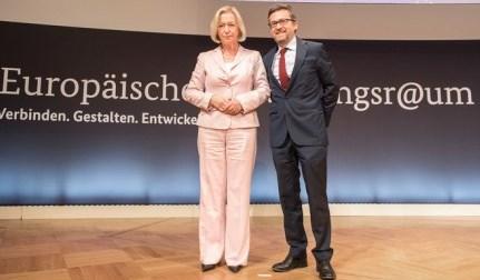 wanka-und-eu-forschungs-kommissar-moedas-foto-bmbf-hans-joachim-rickel