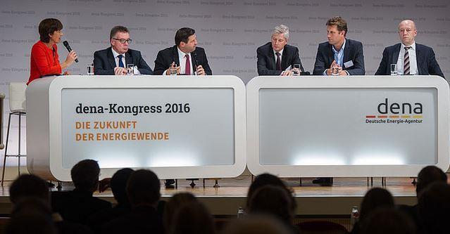 v-l-ursula-heller-journalistinn-klaus-mittelbach-juergen-fischer-ralf-christian-marcus-fendt-andreas-kuhlmann-foto-dena
