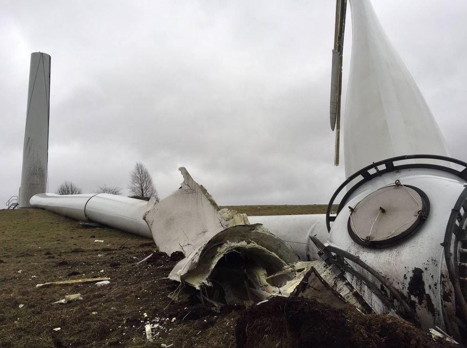 havarierte-windkraftanlage-foto-stadtreinigung-hamburg