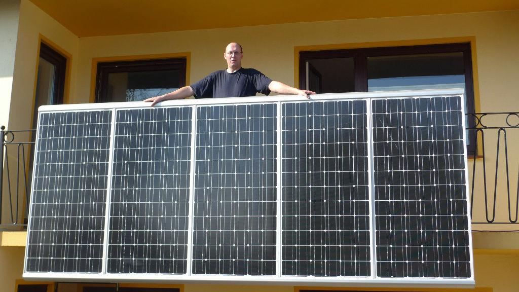 inzwischen 15 stecker solar ger te solarify. Black Bedroom Furniture Sets. Home Design Ideas