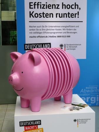 Heizungssparschwein der BMWi-Effizienz-Kampagne - Foto © Gerhard Hofmann für Solarify
