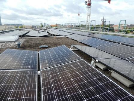 PV-Dach-(Mieterstom-)Anlage am Berliner Ostkreuz - Foto © Gerhard Hofmann für Solarify