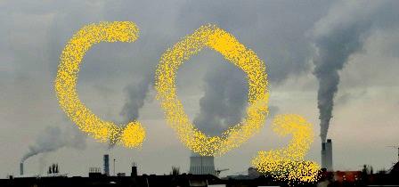 CO2-Rauch-Wasserdampf-Fahne Kraftwerk Reuter-West und Müllverbrennungsanlage, Berlin - Foto © Gerhard Hofmann für Solarify