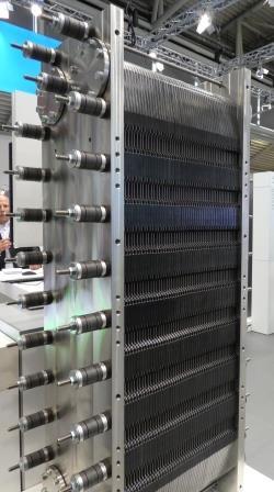 Siemens-Elektrolyseur (Detail) auf der Intersolar 2018 - Foto © Gerhard Hofmann für Solarify