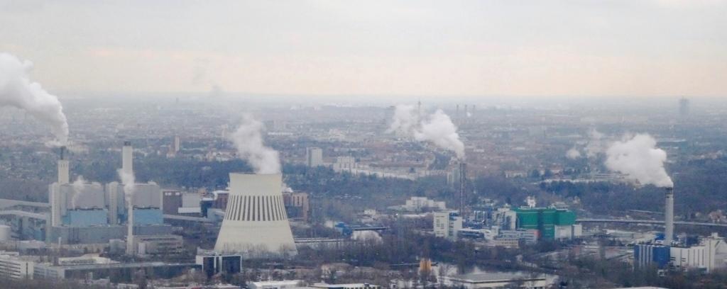 CO2 - Kohlekraftwerk und Müllverbrennung - Foto © Gerhard Hofmann, Agentur Zukunft für Solarify