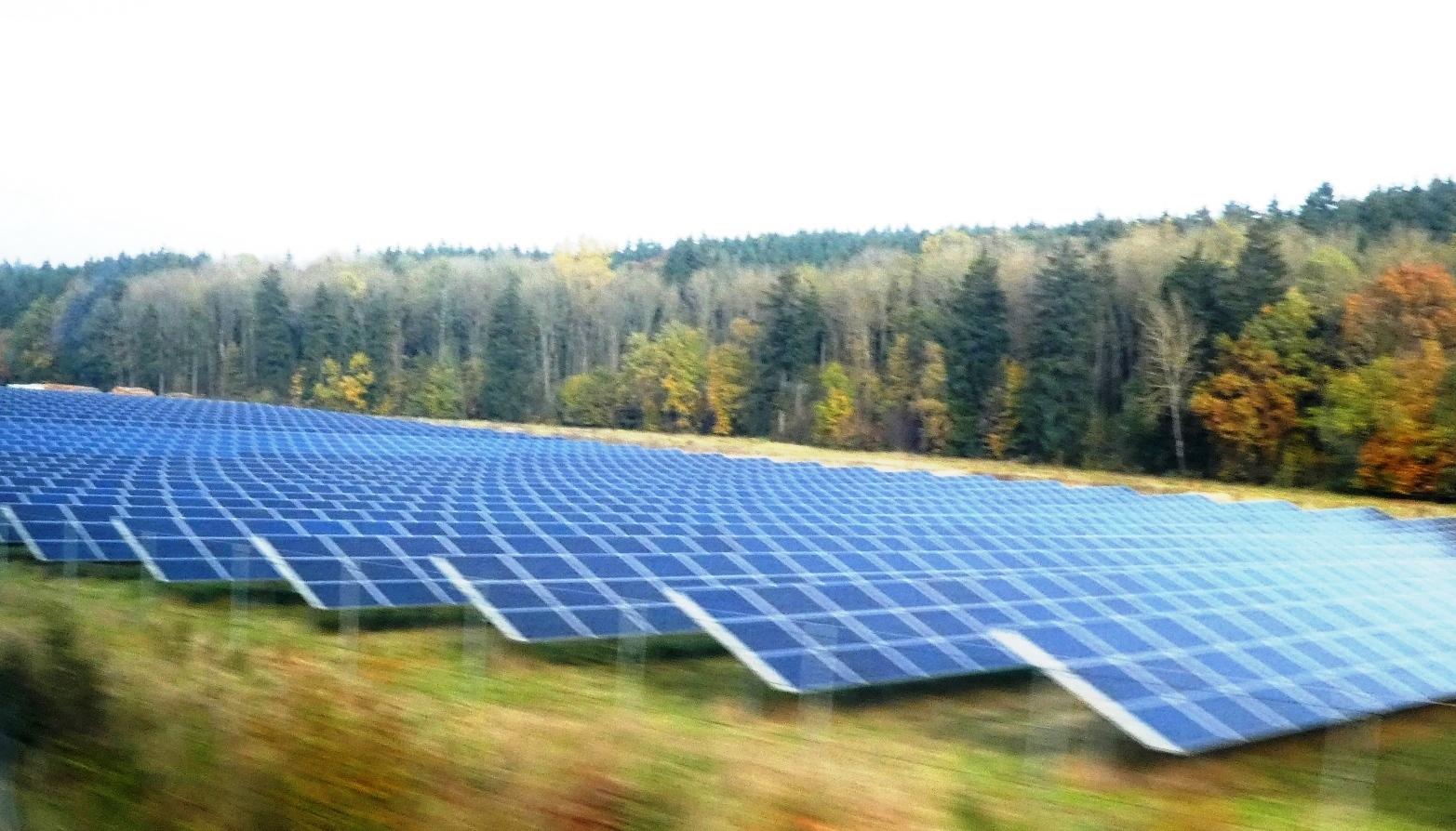 PV-Park bei Landshut - Foto © Gerhard Hofmann, Agentur Zukunft für Solarify