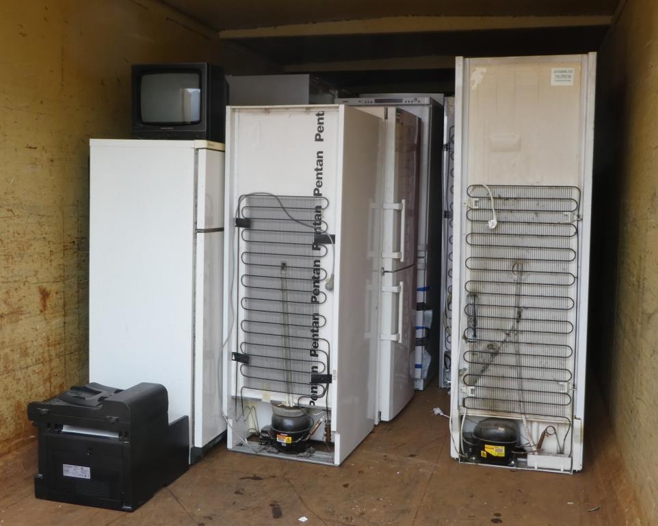 Abfall? Schrottkühlschränke - Foto © Agentur Zukunft für Solarify