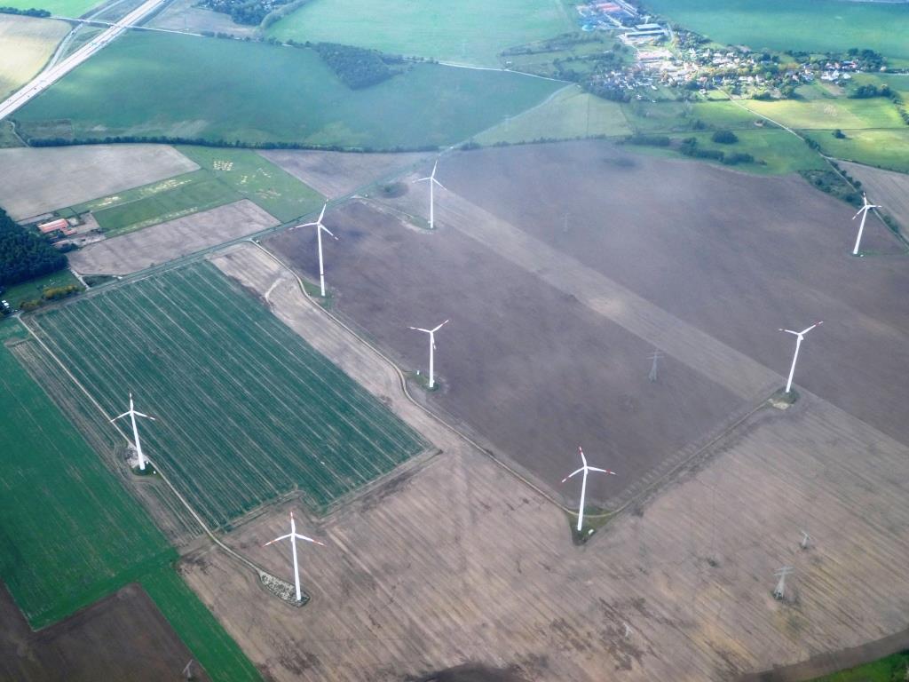 Windpark östlich von Berlin - Foto © Gerhard Hofmann für Solarify