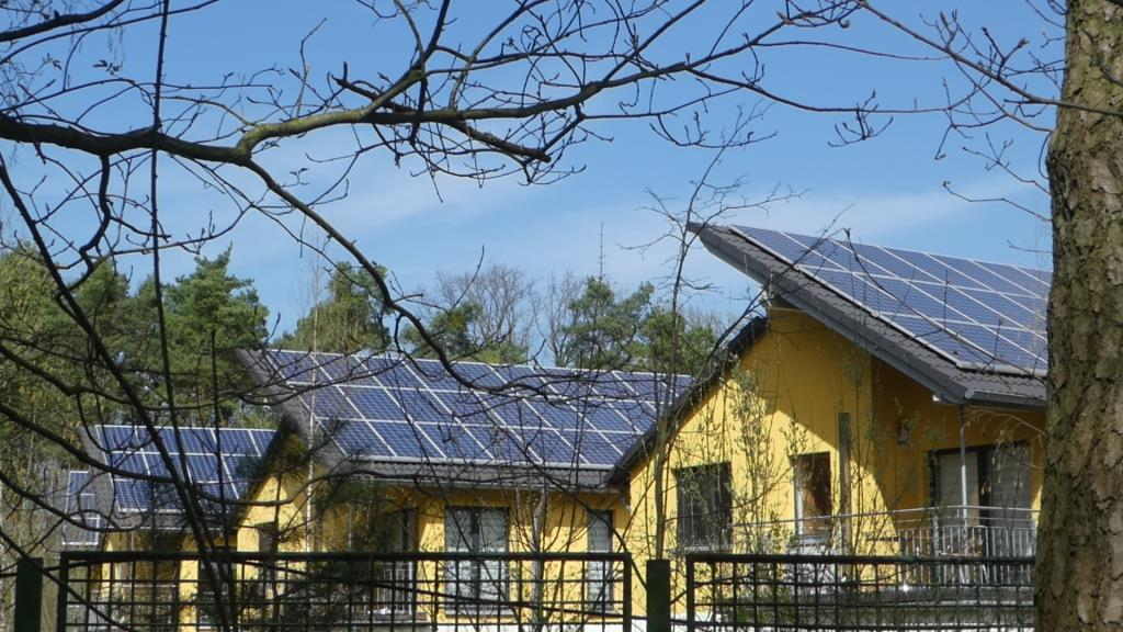 PV-Dächer in Berlin-Köpenick - Foto © Gerhard Hofmann für Solarify
