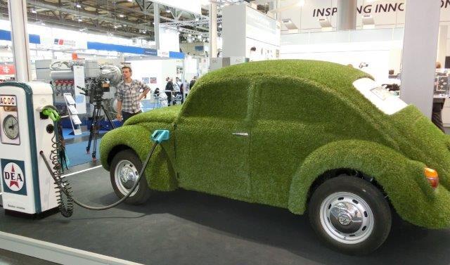 Echt grünes Auto auf Hannover Messe 2014 - Foto © Solarify